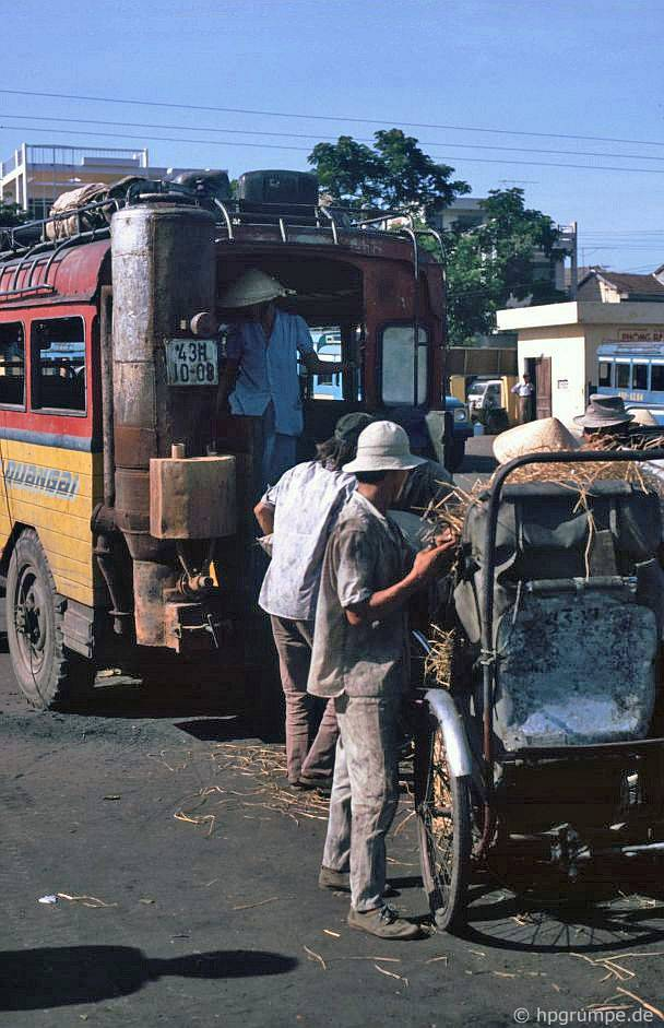 Đà Nẵng: Xe buýt có gas