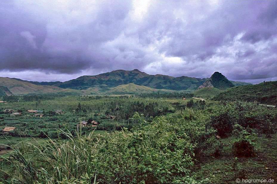 Phong cảnh giữa Đông Hà và Khe San
