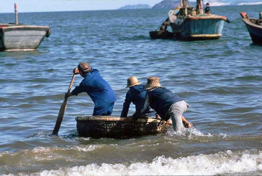 Quy Nhơn - vận chuyển bằng thuyền buồm