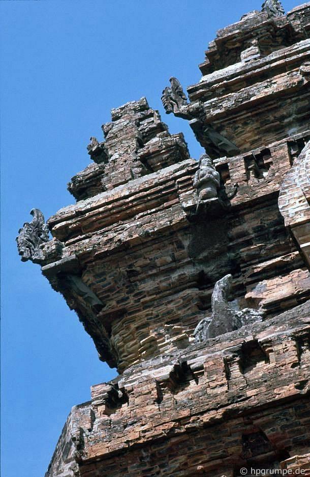 Nha Trang: Tháp Po Nagar, chi tiết