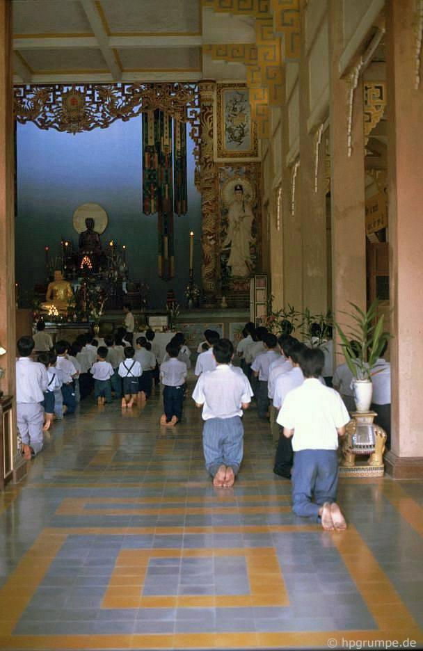 Nha Trang: Chùa Long Sơn
