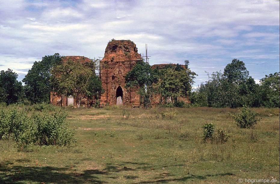 Ngọn tháp Chien Dan