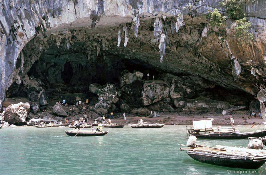 Vịnh Hạ Long: hang động