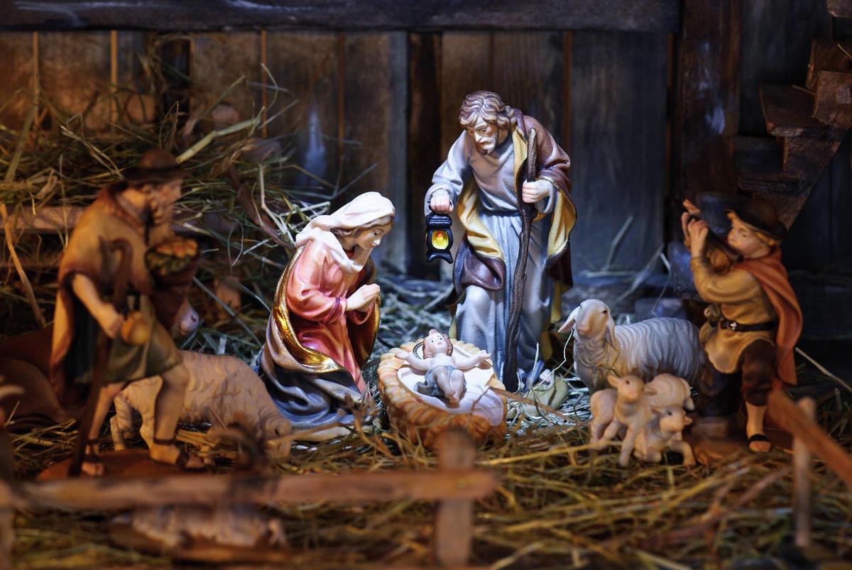 Một góc nhìn về huyền thoại Thiên Chúa Giáng sinh