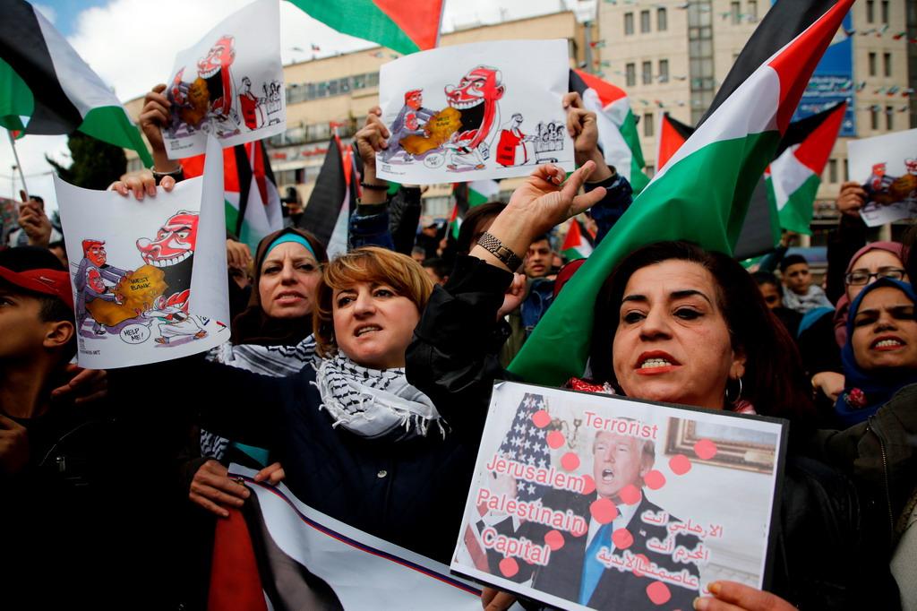 Lua gian bung chay o Bo Tay va Dai Gaza de phan doi Trump hinh anh 5
