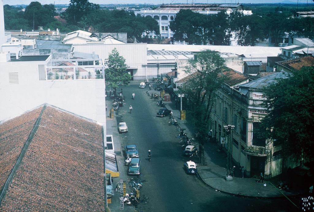 Sài Gòn năm 1965 qua 70 bức ảnh của Gary Mathews
