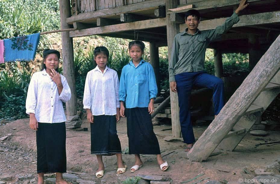 Làng Thái trắng: Gia đình Cảnh sát