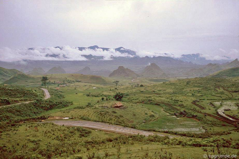 Phong cảnh giữa Lai Châu và Sa Pa
