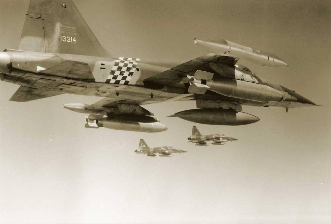Hải chiến Hoàng Sa 1974: Tâm sự đau đớn của một phi công F-5 không được cất cánh