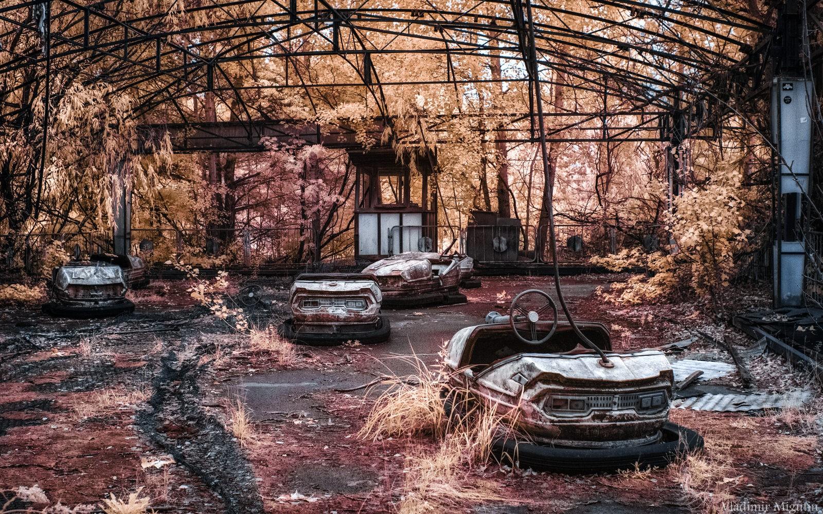 Xe điện đụng trong công viên giải trí ở thành phố Pripyat.