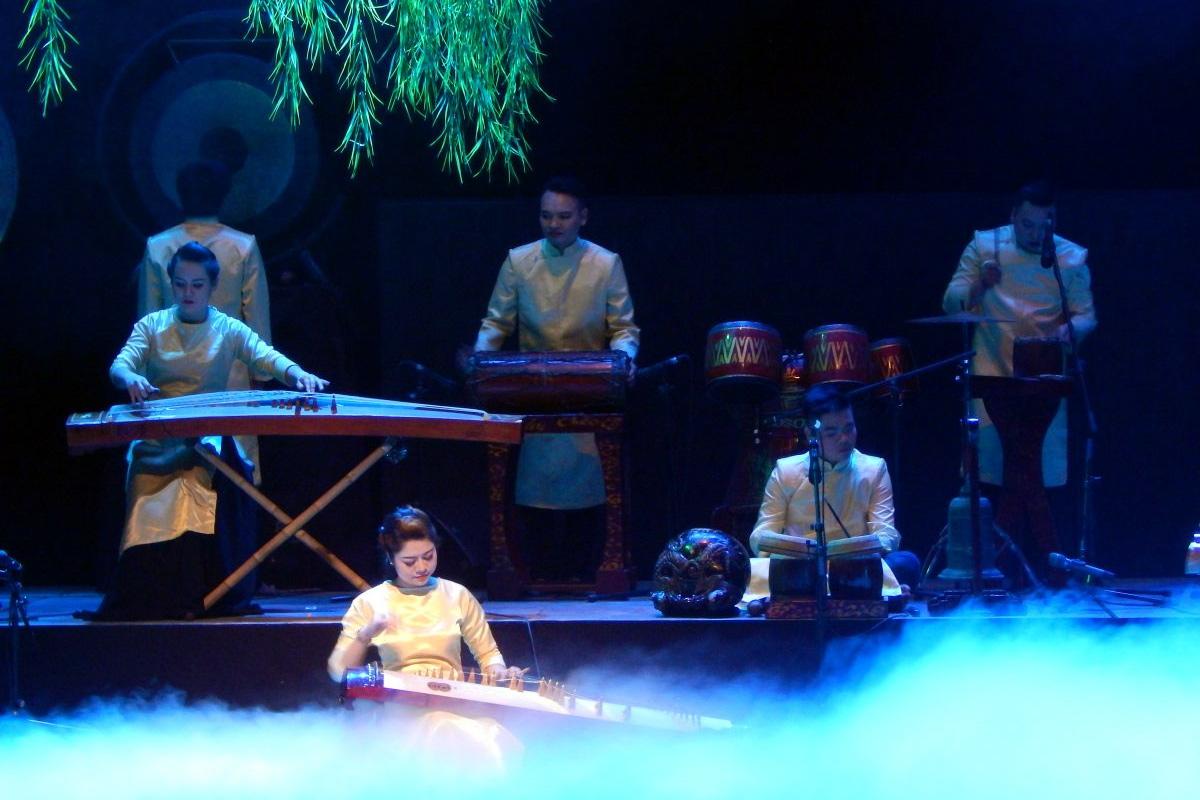 Vai trò của âm nhạc trong sân khấu truyền thống Việt Nam