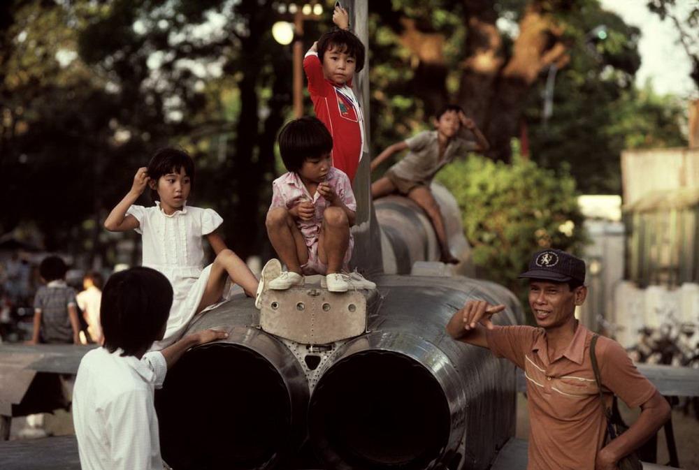 Loạt ảnh màu đặc biệt về Việt Nam năm 1988