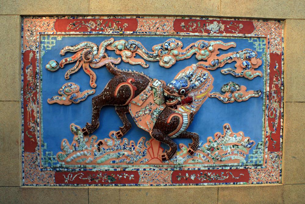 Gốm sứ trong tâm linh người Việt
