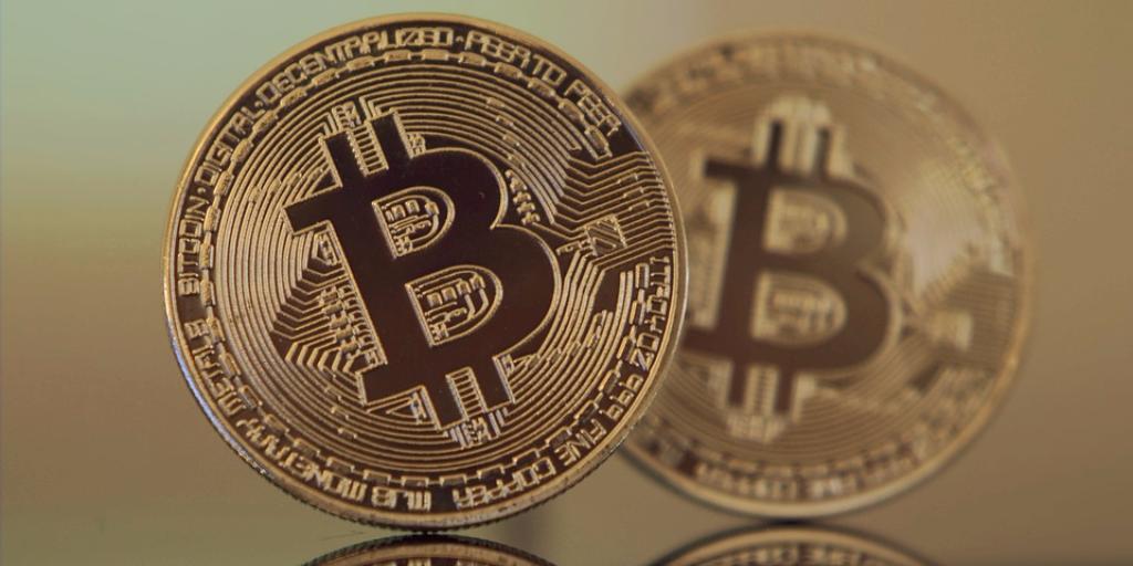 Một góc nhìn về đồng tiền Bitcoin và chủ nghĩa Marx
