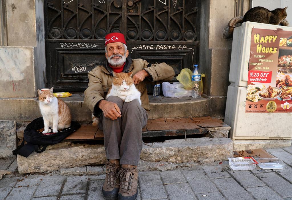 Istanbul: Thanh pho meo chia doi bo Au - A hinh anh 8
