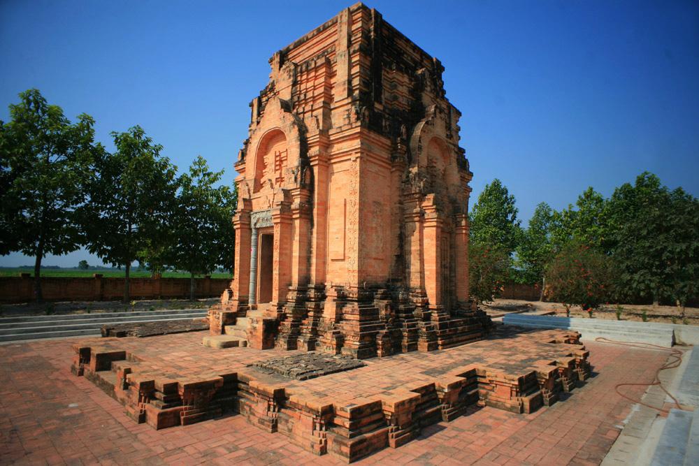 Vương quốc Phù Nam: Huyền thoại và những vấn đề lịch sử