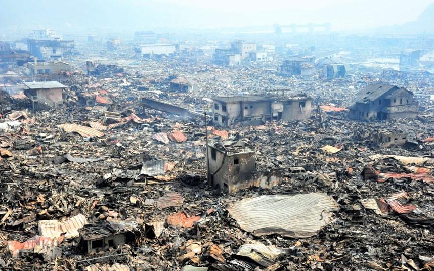 Toàn cảnh khu vực như vùng bình địa sau khi sóng thần tàn phá ở thành phố Otsuchi, tỉnh Iwate. Ảnh: EPA
