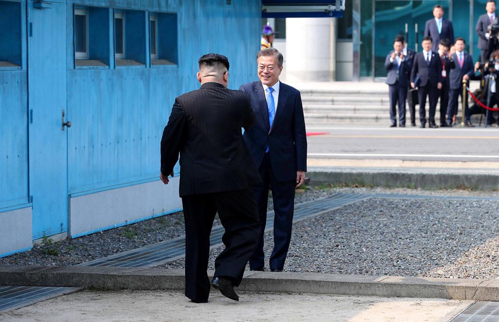 Buoc di nho cua Kim Jong Un - buoc tien lon cua hai mien Trieu Tien hinh anh 1