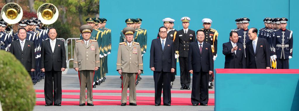 Buoc di nho cua Kim Jong Un - buoc tien lon cua hai mien Trieu Tien hinh anh 9