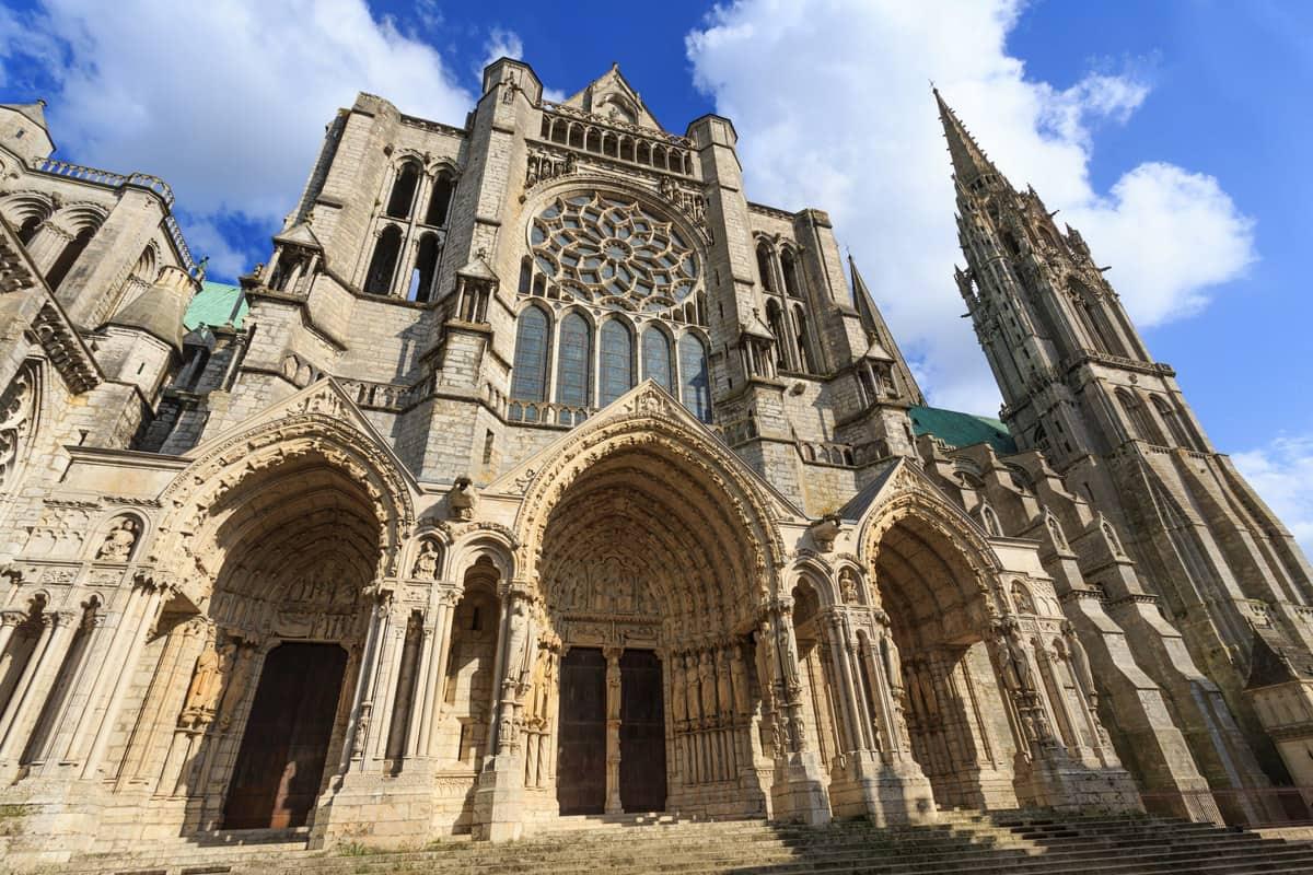 Những điều cần biết về trường phái kiến trúc Gothic