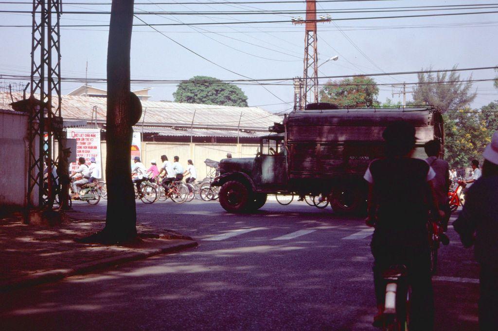 Redsvn Saigon 1989 Elmar Reich 04 - 60 bức ảnh tuyệt vời về Sài Gòn năm 1989 của Elmar Reich