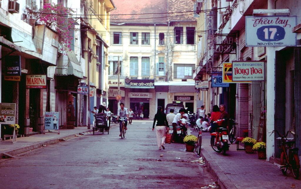 Redsvn Saigon 1989 Elmar Reich 05 - 60 bức ảnh tuyệt vời về Sài Gòn năm 1989 của Elmar Reich