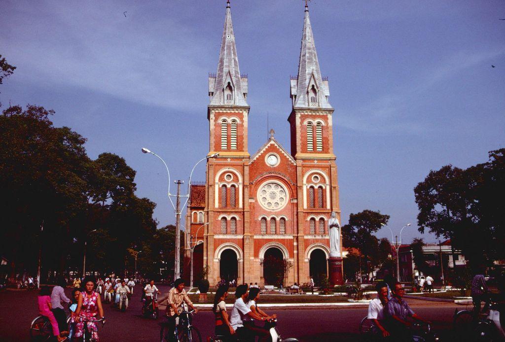 Redsvn Saigon 1989 Elmar Reich 12 - 60 bức ảnh tuyệt vời về Sài Gòn năm 1989 của Elmar Reich