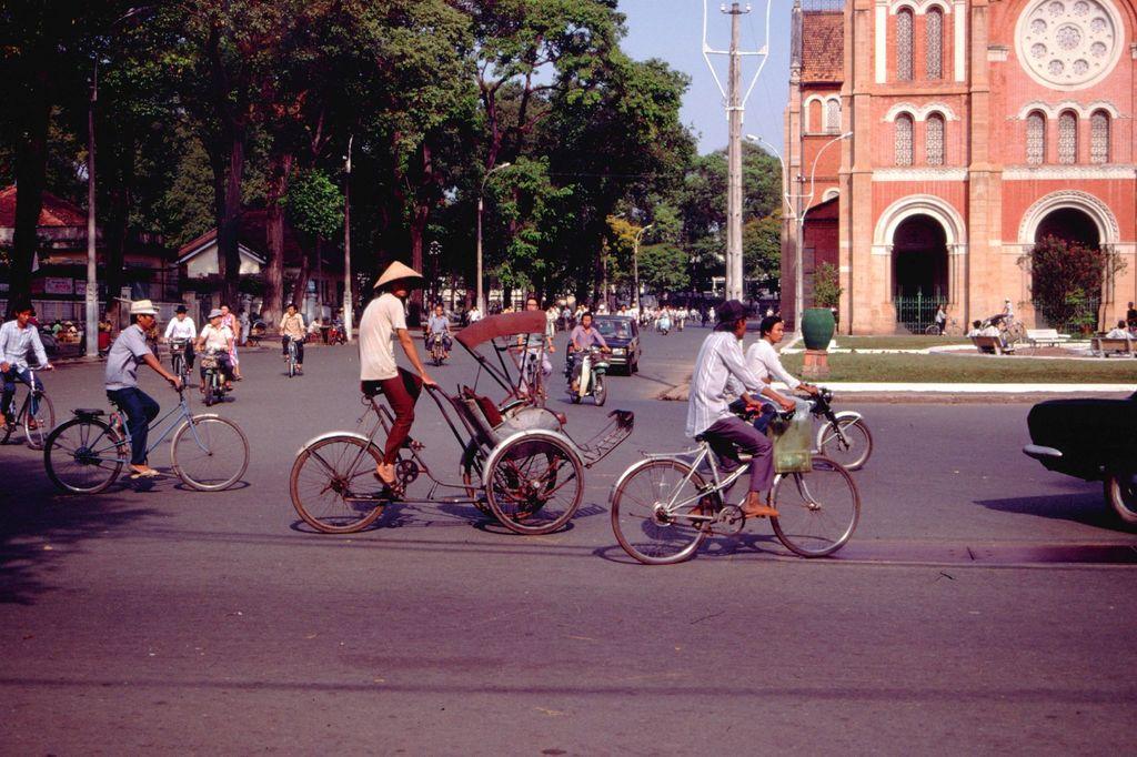 Redsvn Saigon 1989 Elmar Reich 14 - 60 bức ảnh tuyệt vời về Sài Gòn năm 1989 của Elmar Reich