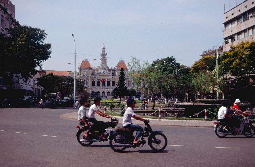 Redsvn Saigon 1989 Elmar Reich 15 - 60 bức ảnh tuyệt vời về Sài Gòn năm 1989 của Elmar Reich