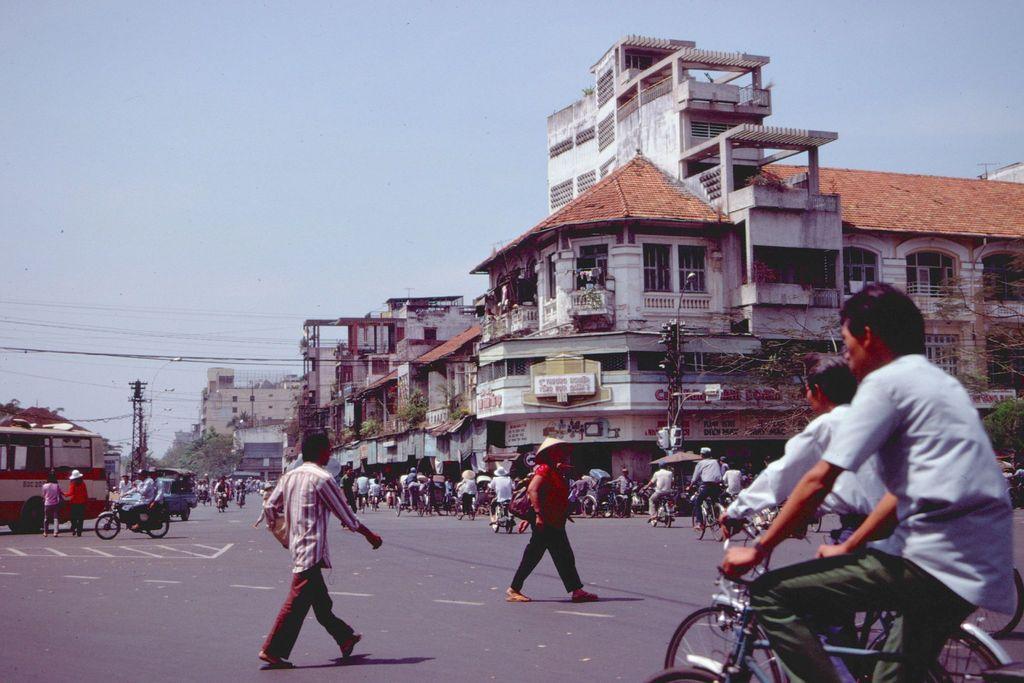 Redsvn Saigon 1989 Elmar Reich 22 - 60 bức ảnh tuyệt vời về Sài Gòn năm 1989 của Elmar Reich