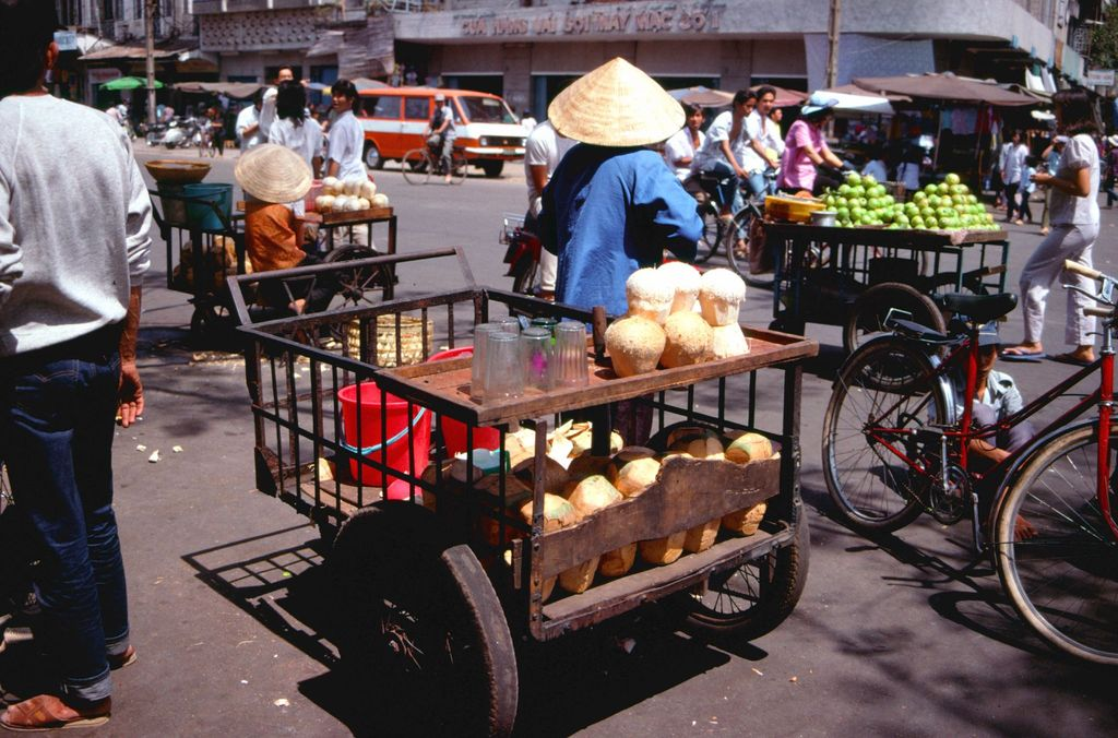 Redsvn Saigon 1989 Elmar Reich 24 - 60 bức ảnh tuyệt vời về Sài Gòn năm 1989 của Elmar Reich