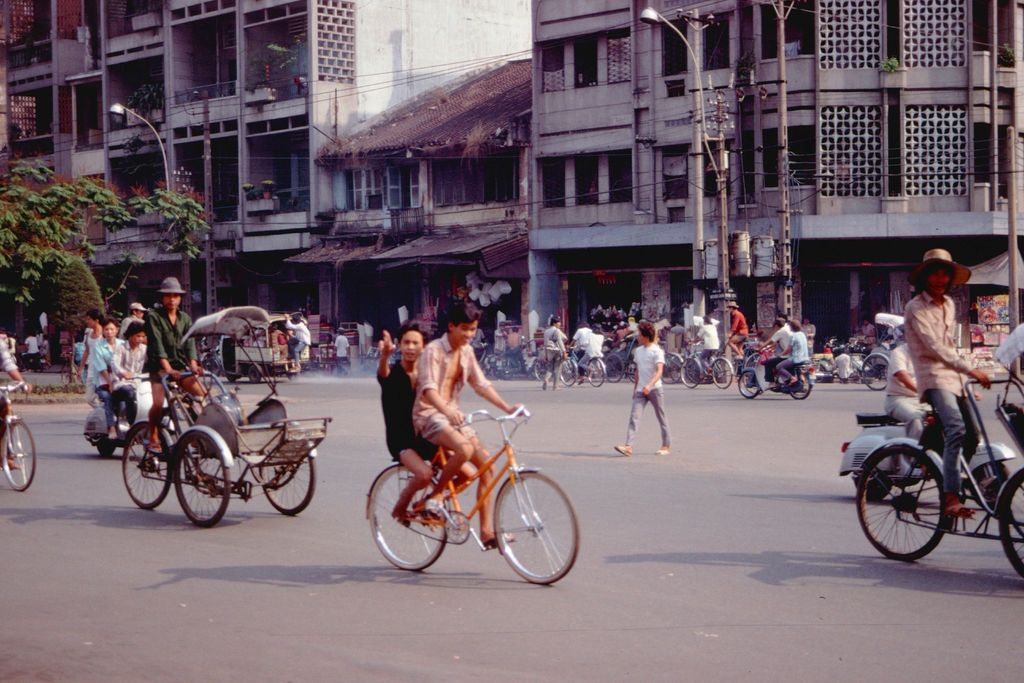 Redsvn Saigon 1989 Elmar Reich 33 - 60 bức ảnh tuyệt vời về Sài Gòn năm 1989 của Elmar Reich