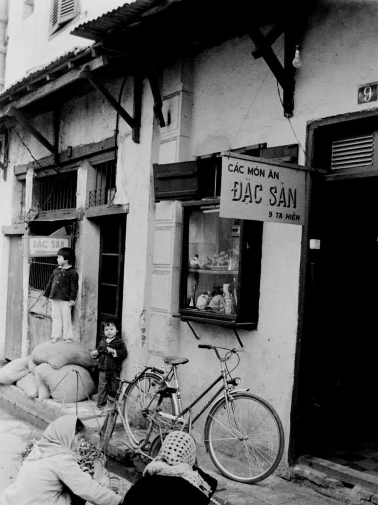Redsvn John Ramsden 07 - Hà Nội đầu thập niên 1980 trong ảnh của John Ramsden