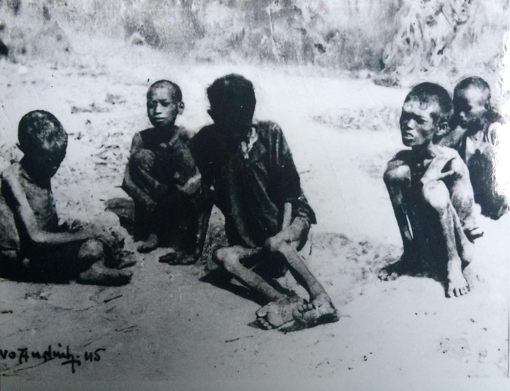 Chuyện ăn thịt người bi thảm trong nạn đói năm 1945