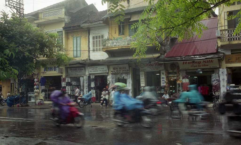 Ha Noi cuoi the ky 20 duoi ong kinh nhiep anh gia Nhat Ban hinh anh 5