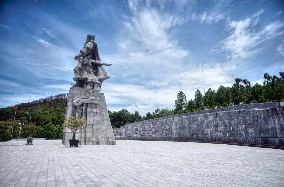Chính sử nhà Nguyễn Viết gì về 'kẻ tử thù' Quang Trung?