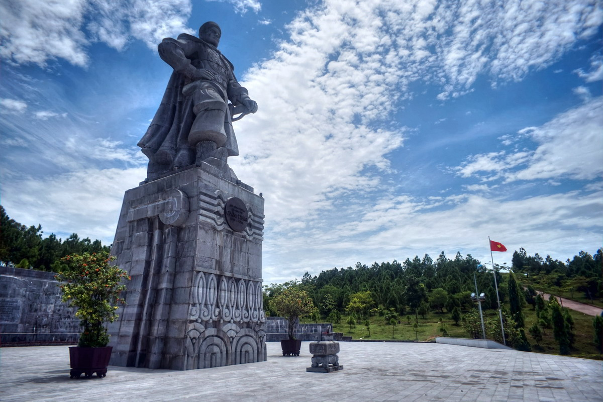 Phong cách cư xử đẳng cấp của hoàng đế Quang Trung