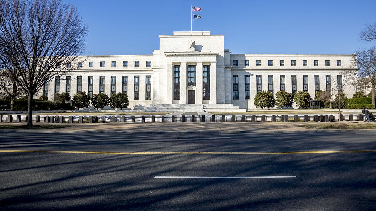 Cơ chế hoạt động của Fed – ngân hàng trung ương quyền lực nhất thế giới