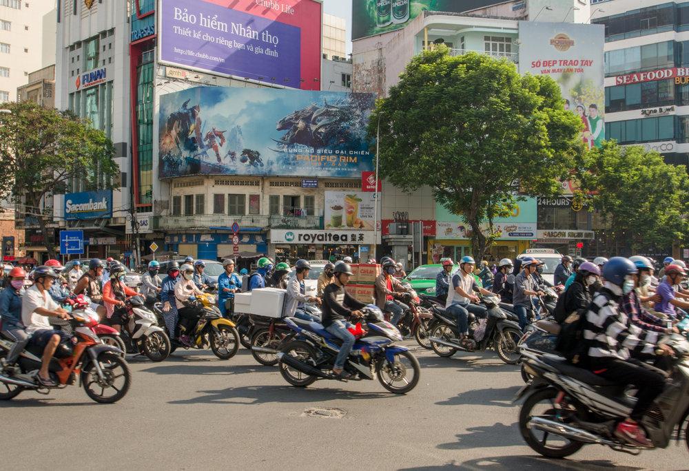 Văn hóa của người Việt đã suy thoái đến mức nào?