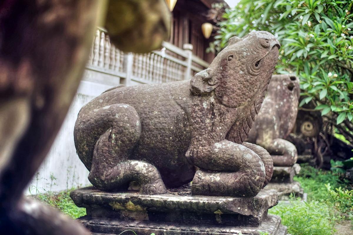 Chùm ảnh: 10 linh thú nghìn tuổi cực kỳ quý giá của chùa Phật Tích
