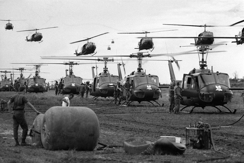 Vì sao chiến thuật 'trực thăng vận' của Mỹ trong chiến tranh Việt Nam bị phá sản?