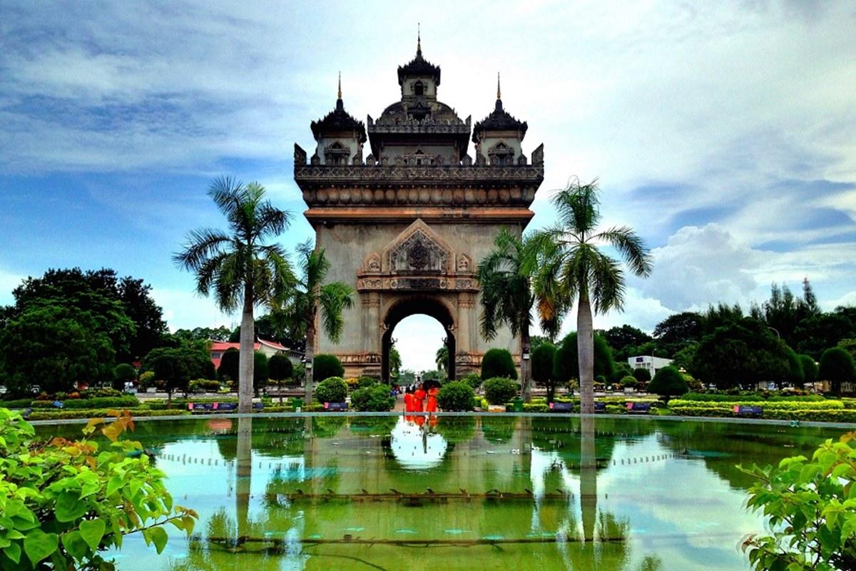 Về việc GDP đầu người của Lào cao hơn Việt Nam