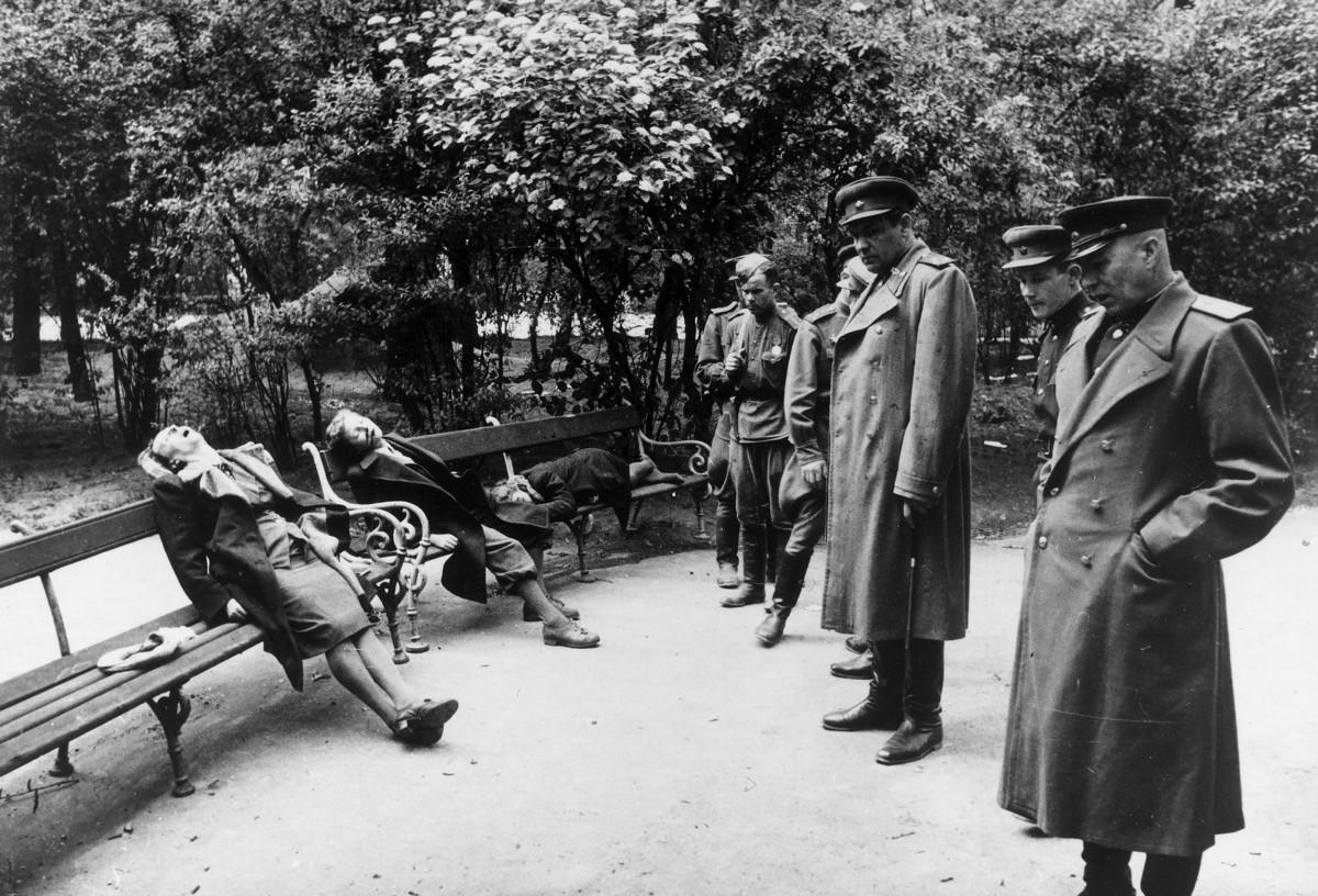 Vụ tự sát tập thể khủng khiếp nhất cuộc Thế chiến II