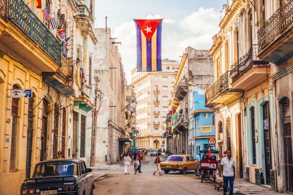 Cuba và Mỹ, chế độ nào mới là độc tài?
