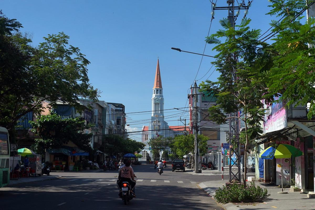Chùm ảnh: Khám phá nhà thờ Nhọn nổi tiếng ở Quy Nhơn