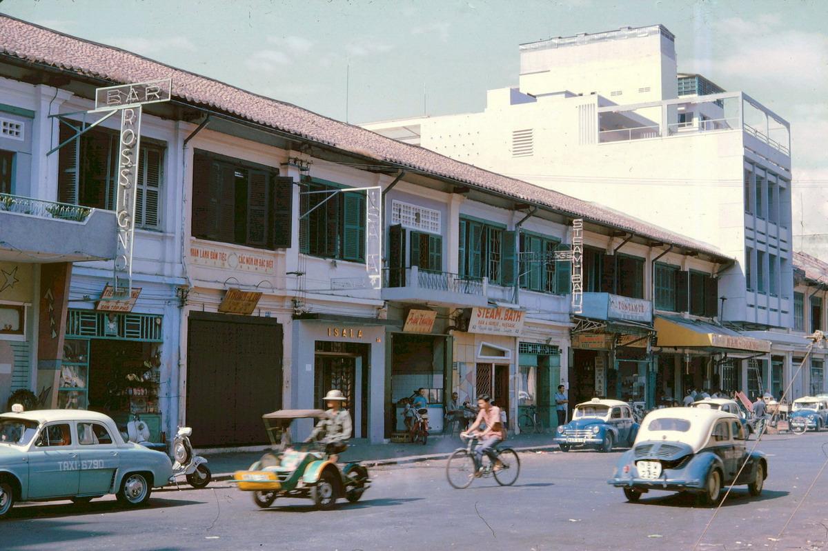 Sài Gòn năm 1965 qua ống kính John A. Hansen