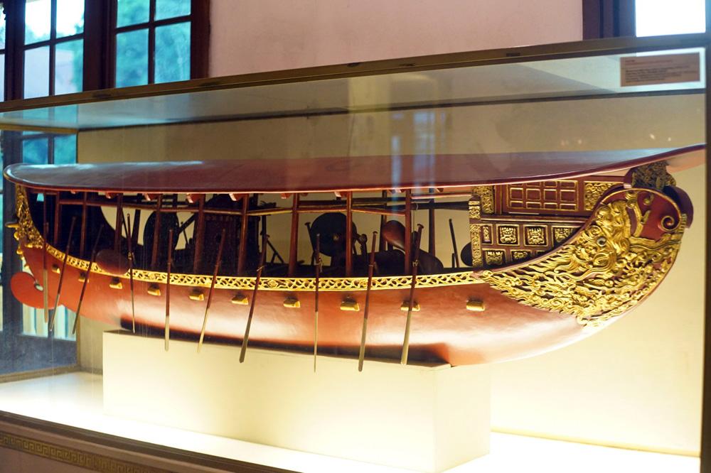 Chùm ảnh: Thuyền mông đồng – chiến thuyền 'bọc thép' của người Việt xưa