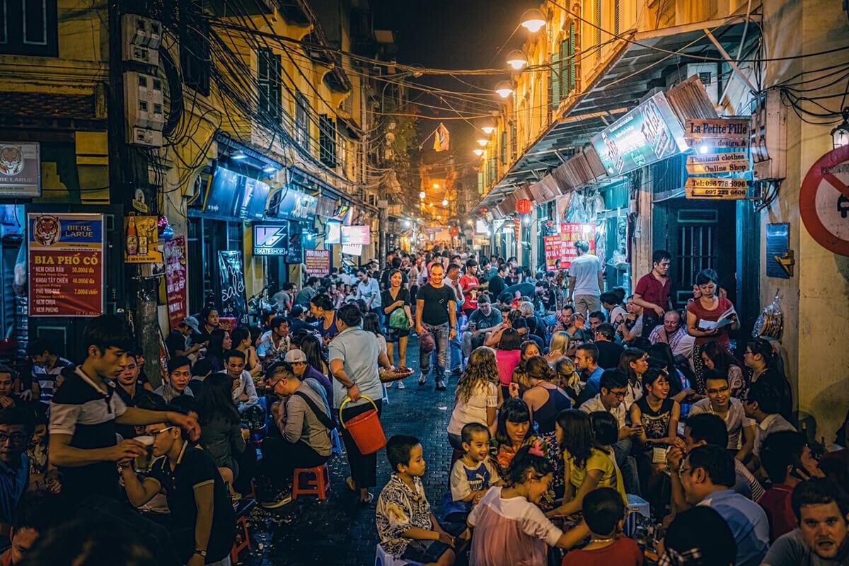 Ca khúc về Hà Nội: Ngày ấy và bây giờ
