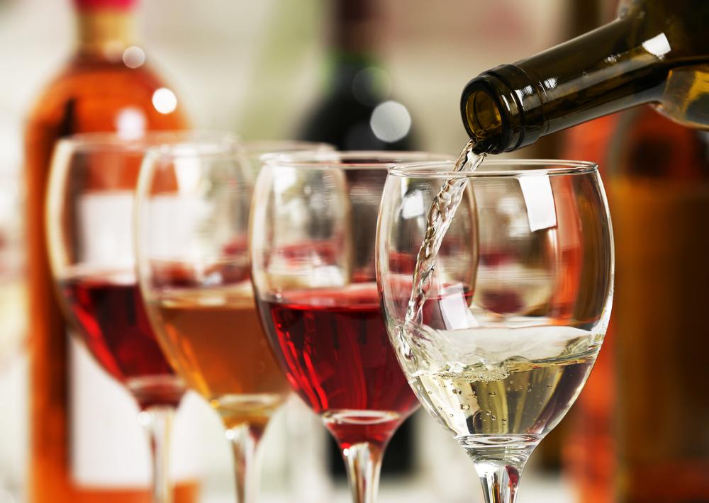 Tại sao đạo Phật khuyên răn người đời không uống rượu?