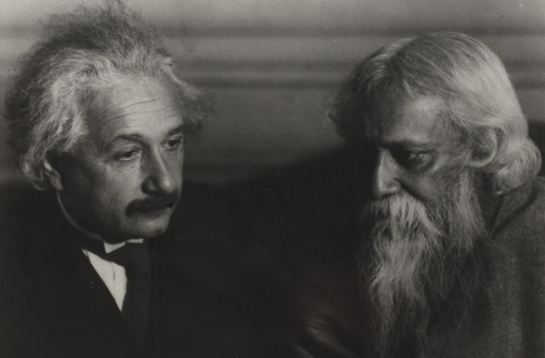 Cuộc đối thoại triết học kinh điển giữa Einstein và Tagore